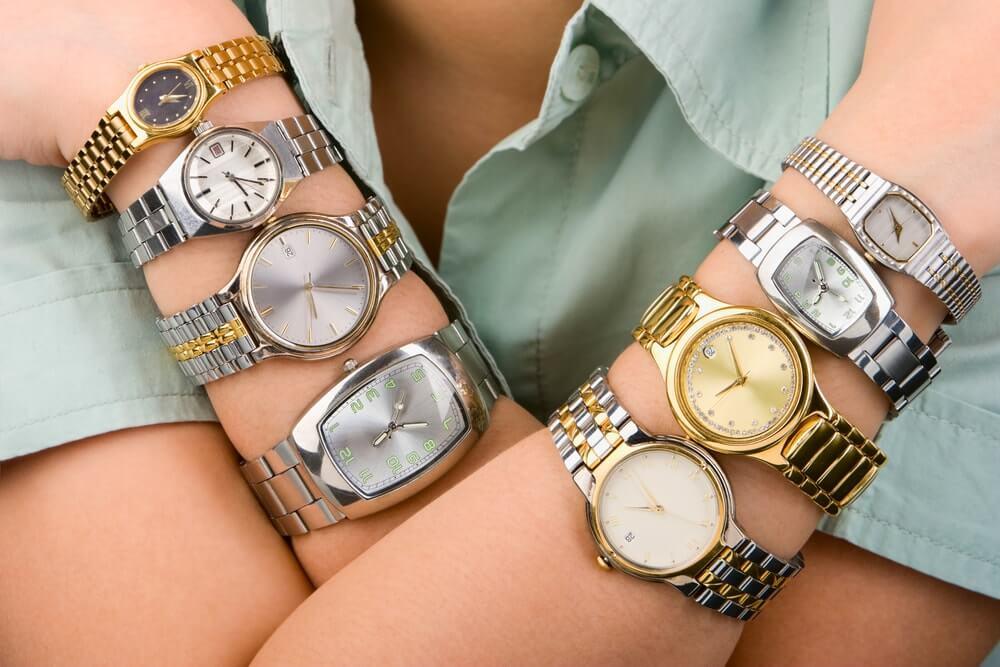 Na které ruce se nosí hodinky